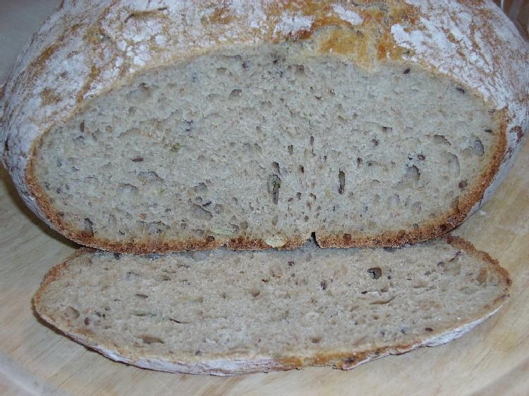 pain complet à la farine d`orge 2